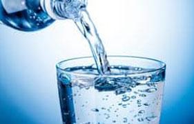 Pijete Vodu Z Kohoutku? Zahráváte Si Se Zdravím, Tvrdí Vědci…